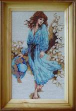 Картина из бисера Девушка в голубом
