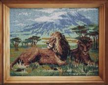 Картина из бисера Львы