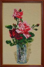 Вышивка бисером, Розы в вазе